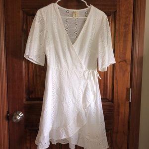 Japna White Lace Wrap Dress Medium